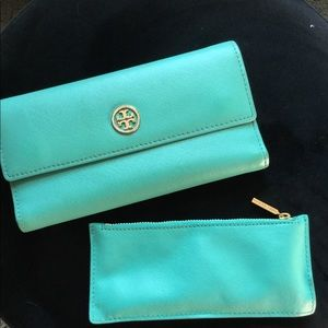 Tory Burch wallet and zipper coin pouch